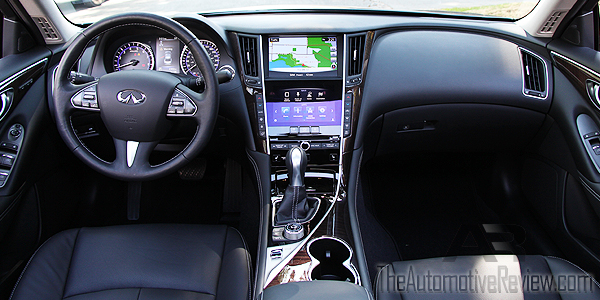 2015 Infiniti Q50 AWD Gray Interior Dash