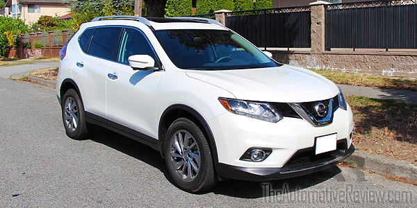 2015 Nissan Rogue White Exterior Front Side