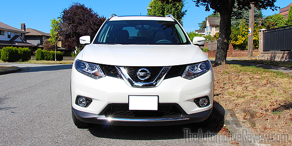 2015 Nissan Rogue White Exterior Front