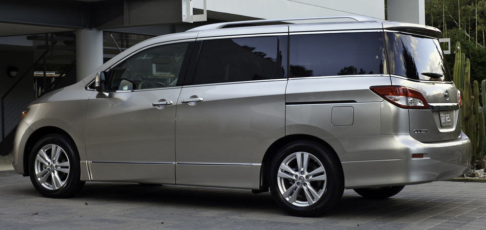2013 Nissan Quest Exterior Side