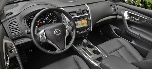 2013 Nissan Altima Sedan Interior