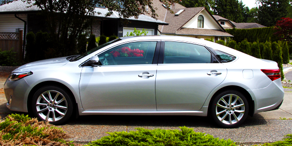 2013 Toyota Avalon Exterior Side