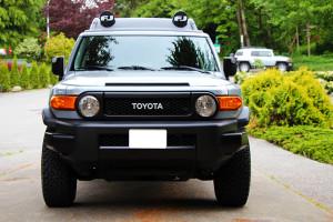 2013 Toyota FJ Cruiser Front