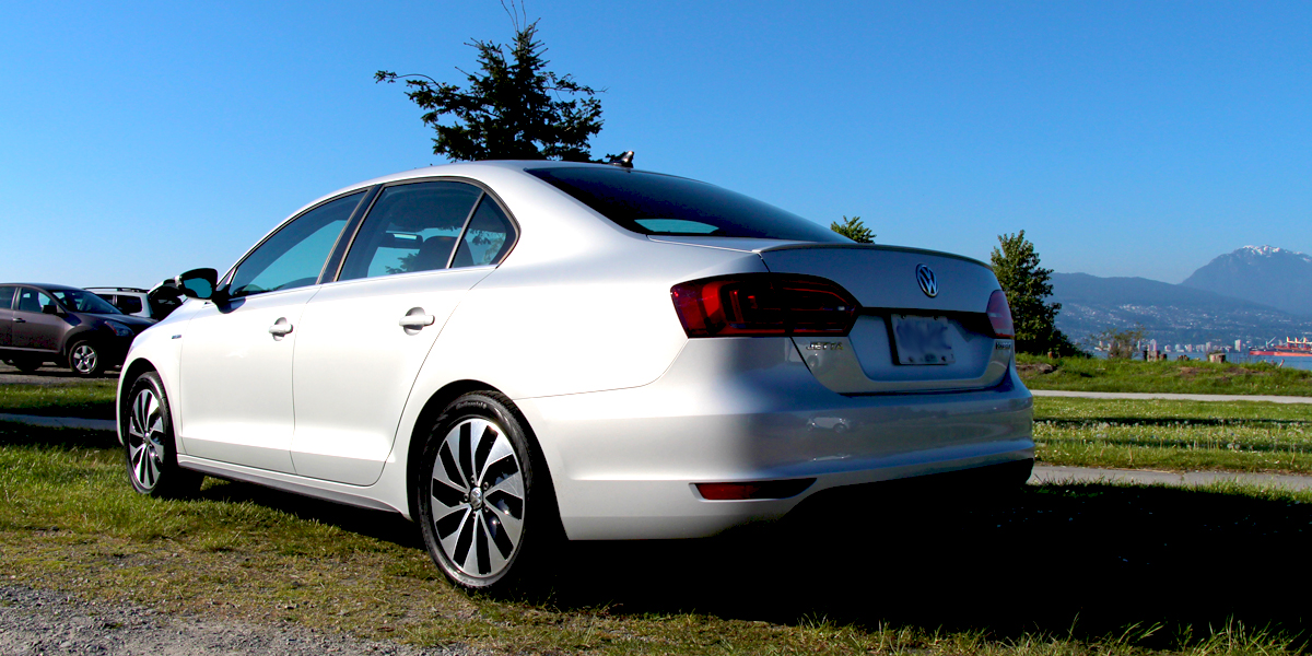 2013 Volkswagen Jetta Hybrid Highline Exterior Rear Side