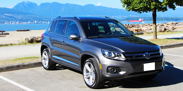 2013 volkswagen tiguan review the automotive review. Black Bedroom Furniture Sets. Home Design Ideas
