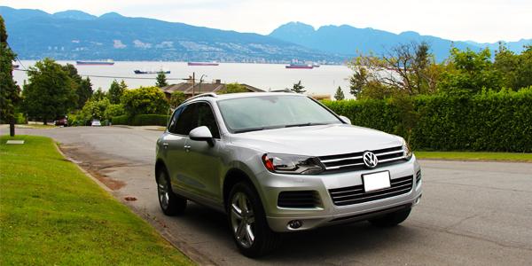 2013 Volkswagen Touareg Execline TDI Exterior Front