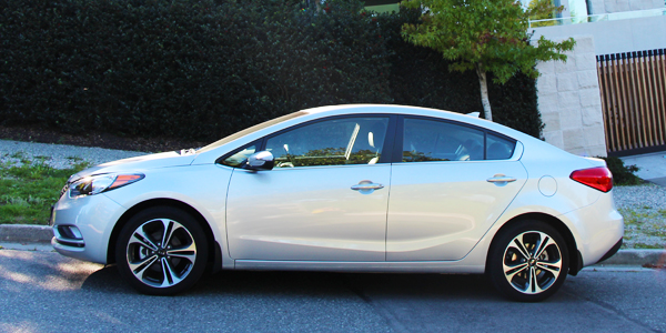 Good 2014 Kia Forte SX Sedan Exterior Side