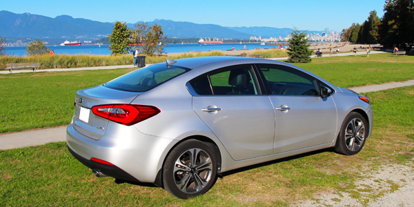2014 Kia Forte SX Sedan Rear Side