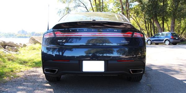 2013 Lincoln MKZ Exterior Rear