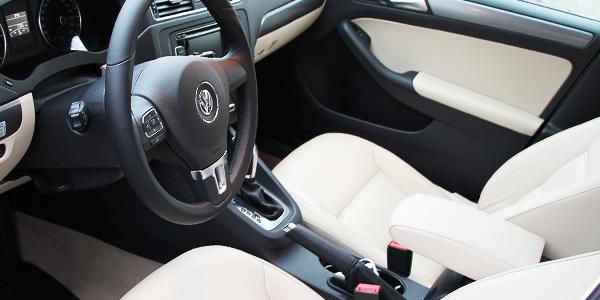 2014 Volkswagen Jetta TDI Interior Seats