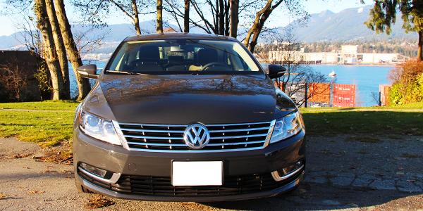 2014 Volkswagen CC Exterior Front 2