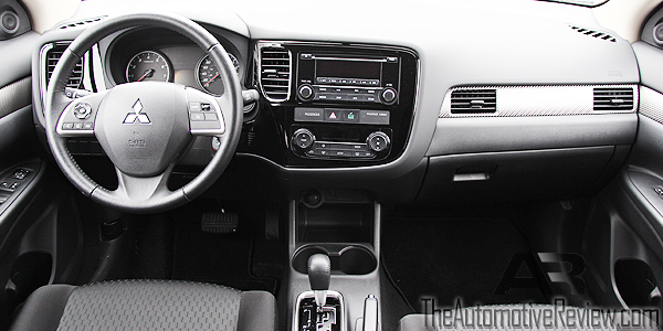 2014 mitsubishi outlander review the automotive review. Black Bedroom Furniture Sets. Home Design Ideas