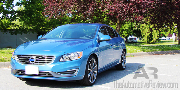 2015 Volvo S60 T5 Exterior Front Side Low