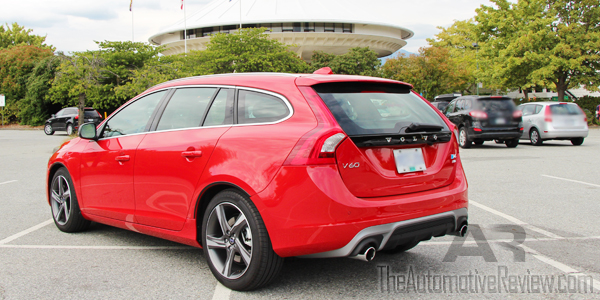 2015 Volvo V60 Sports Wagon R Design Exterior Rear Side