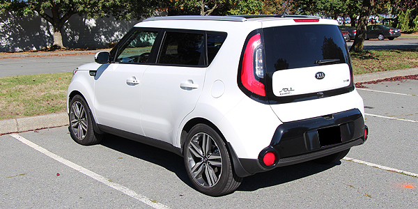 2014 Kia Soul Exterior Rear Side
