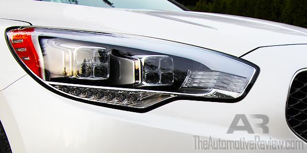 2015 Kia K900 Front Headlight