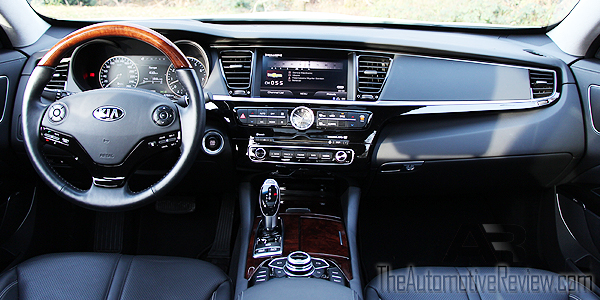 2015 Kia K900 Interior Front Dash