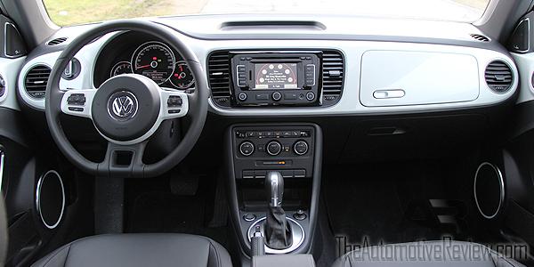 2015 Volkswagen Beetle White Interior Dash