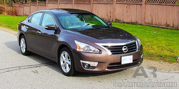 2015 Nissan Altima Exterior Front Side Featured