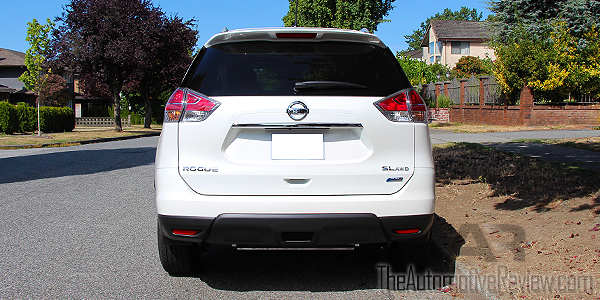 2015 Nissan Rogue White Exterior Rear