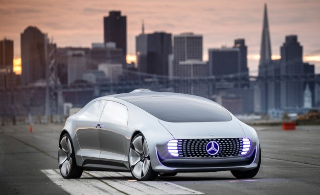 Mercedes benz f 015 luxury in motion concept we go for a for Mercedes benz f 015