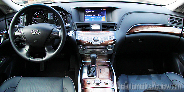 2015 Infiniti Q70L AWD Interior Dash