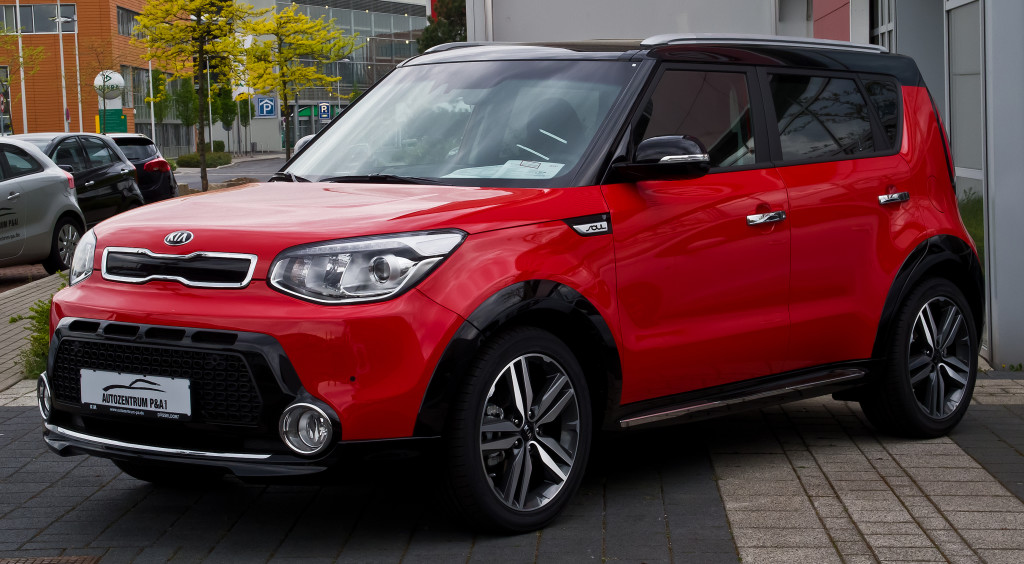 is the kia soul the car for you the automotive review. Black Bedroom Furniture Sets. Home Design Ideas
