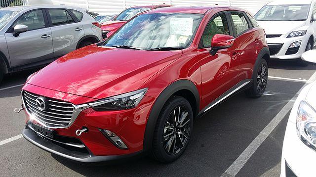 2015_Mazda_CX-3_Akari_AWD_1.5L_Diesel_-_Soul_Red_(16826959602)