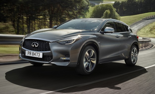 2017-Infiniti-Q30-PLACEMENT-2