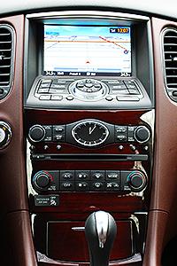 2016 Infiniti QX50 AWD Burgundy Interior Dash Center
