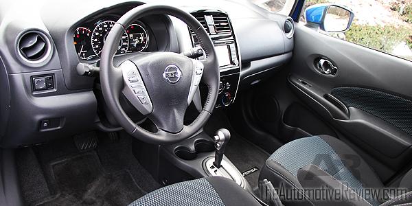 2016 Nissan Versa Note Interior Front
