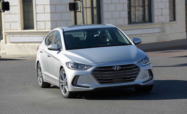 2017-Hyundai-Elantra-PLACEMENT1