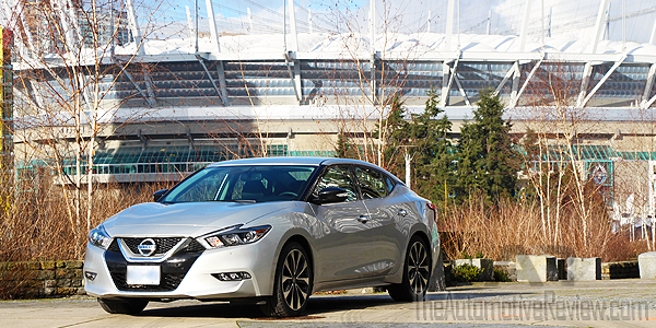 2016 Nissan Maxima Silver Exterior Front Side Featured