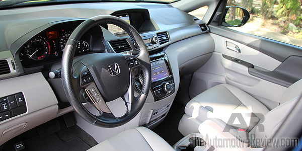 2016 Honda Odyssey White Interior Front Driver Side