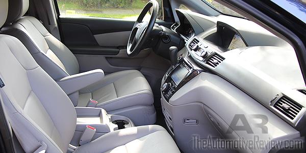 2016 Honda Odyssey White Interior Front Passenger Side