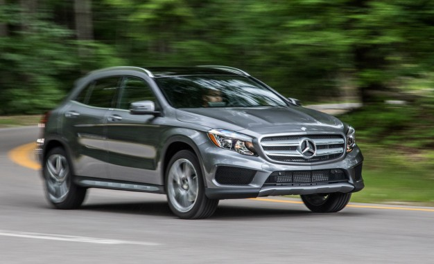 2016-Mercedes-Benz-GLA250-PLACEMENT
