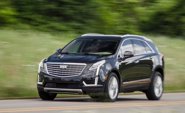 2017-Cadillac-XT5-8AT-AWD-3p6L-placement