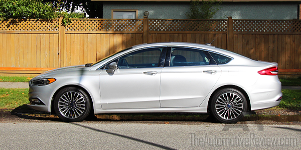2017-ford-fusion-se-ingot-silver-exterior-side