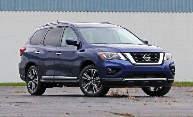 2017-Nissan-Pathfinder-PLACEMENT