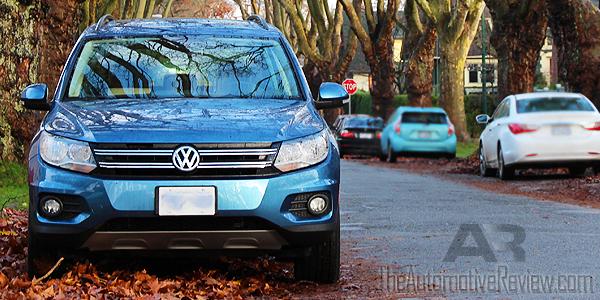 2017-volkswagen-tiguan-blue-exterior-front