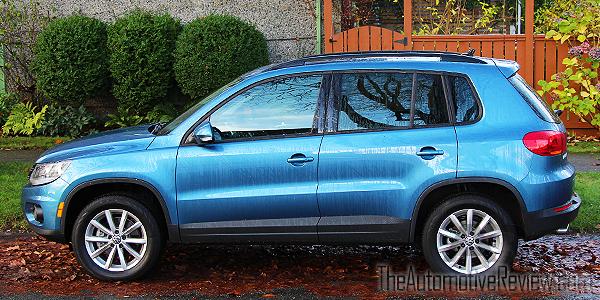 2017-volkswagen-tiguan-blue-exterior-side