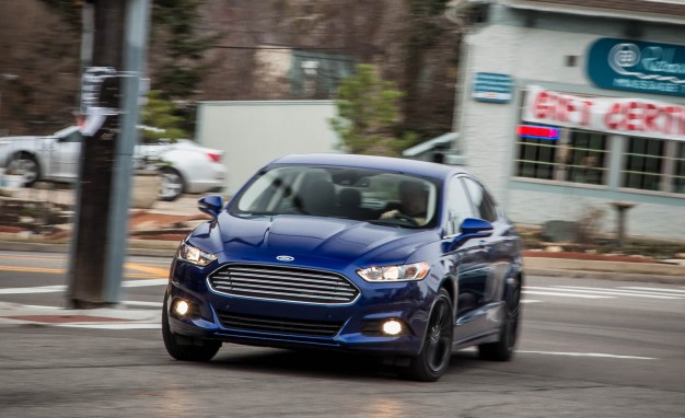 ford recalls 602 000 fusion and lincoln mkz sedans for seatbelts the automotive review. Black Bedroom Furniture Sets. Home Design Ideas